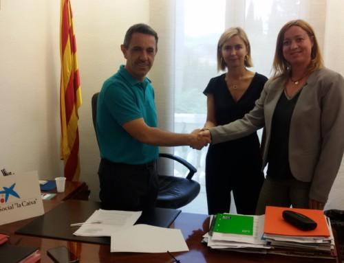 """L'obra Social """"LA CAIXA"""" Col·labora amb el Banc d'aliments de l'Ajuntament de Móra la Nova"""