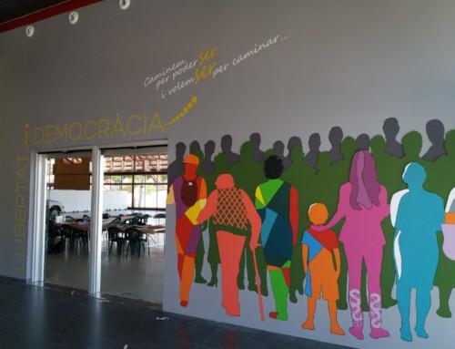 Móra la Nova inaugura un mural commemoratiu de l'1-O